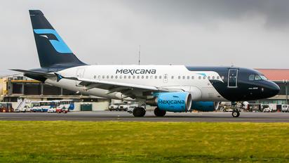 XA-UBQ - Mexicana Airbus A318