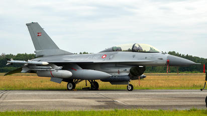 ET-612 - Denmark - Air Force General Dynamics F-16B Fighting Falcon