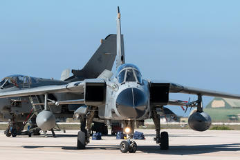 MM7038 - Italy - Air Force Panavia Tornado - IDS