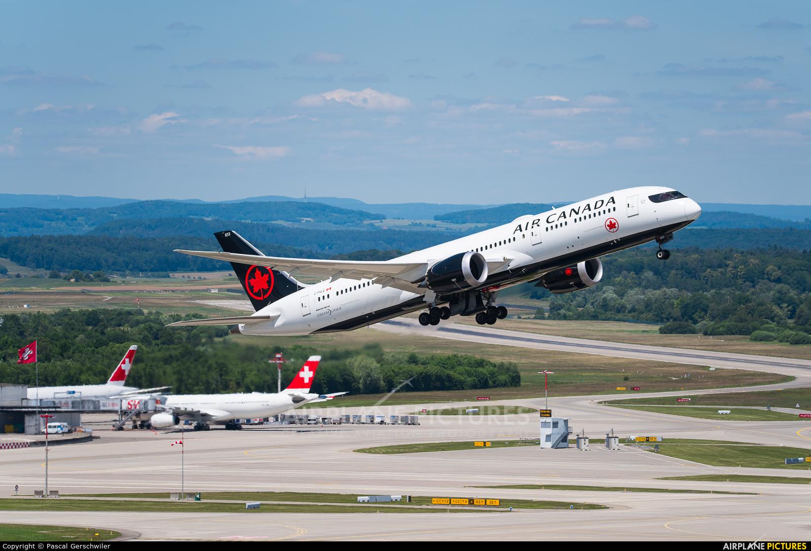 Air Canada C-FVLQ aircraft at Zurich