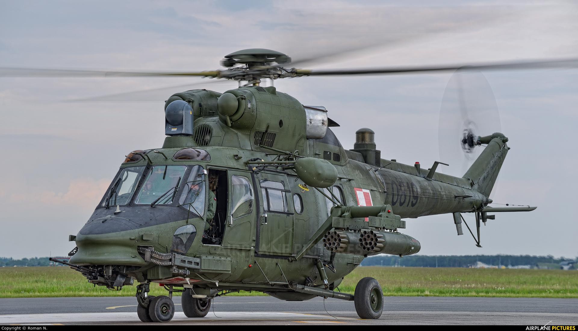Poland - Army 0819 aircraft at Bydgoszcz - Szwederowo