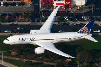 N45905 - United Airlines Boeing 787-8 Dreamliner