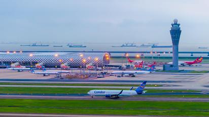 D-ABUC - Condor Boeing 767-300