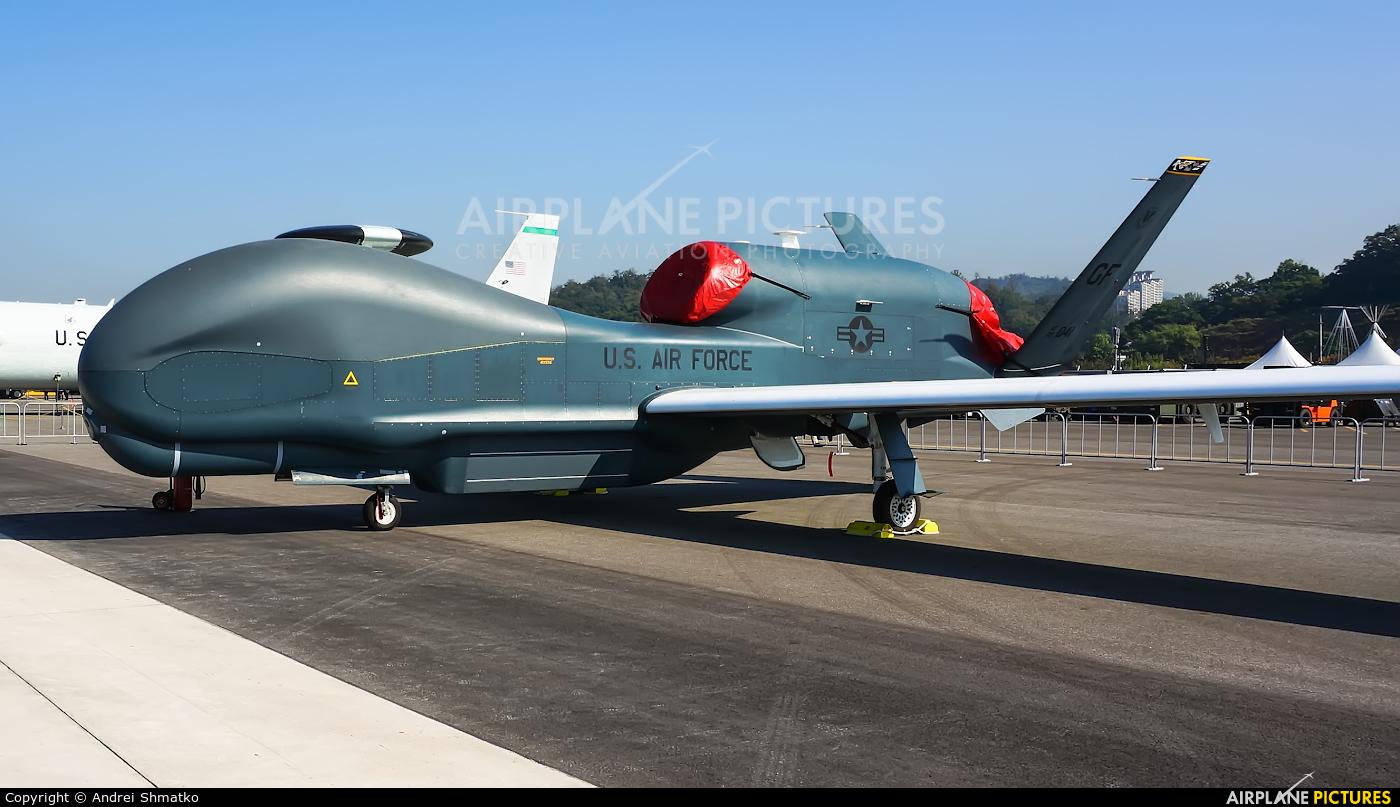 USA - Air Force 09-2041 aircraft at Seongnam AB