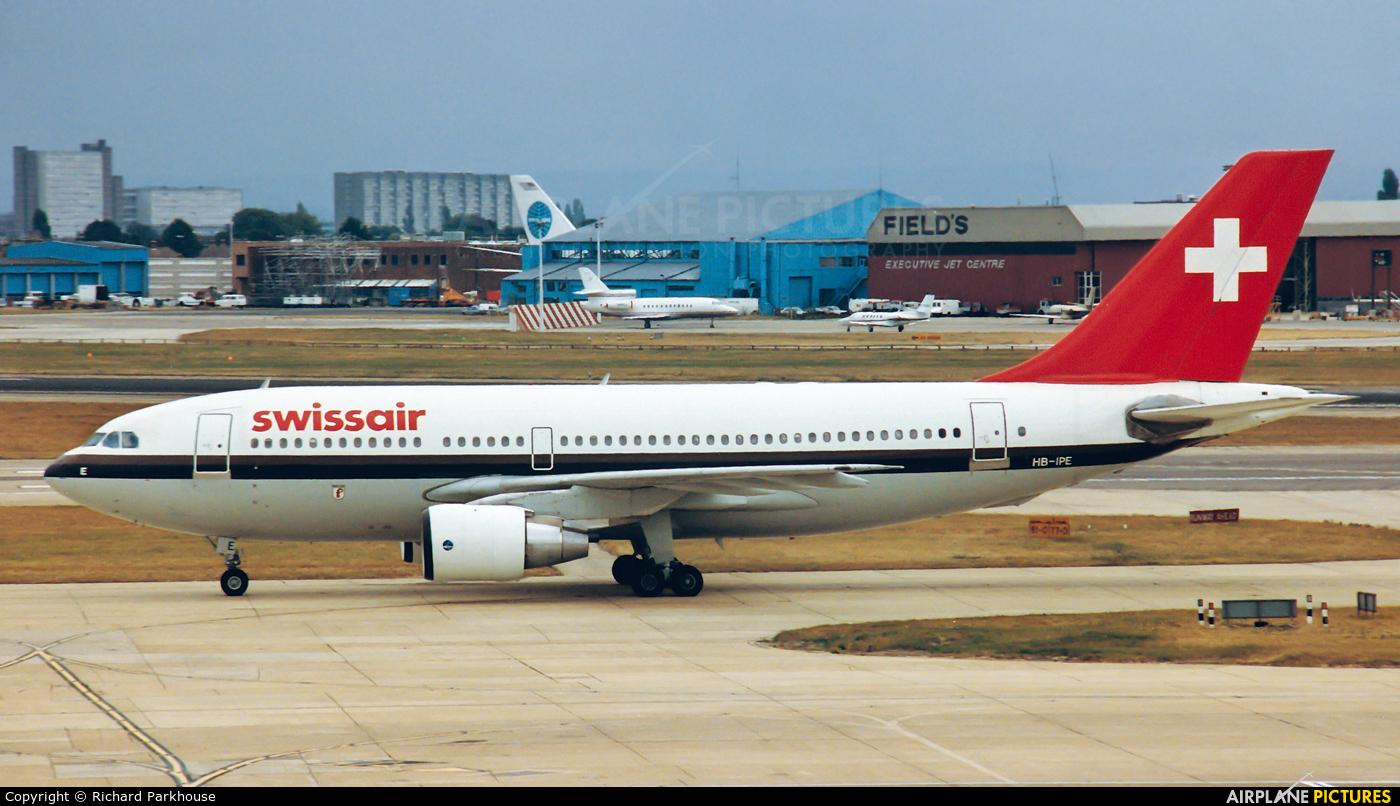 Swissair HB-IPE aircraft at London - Heathrow
