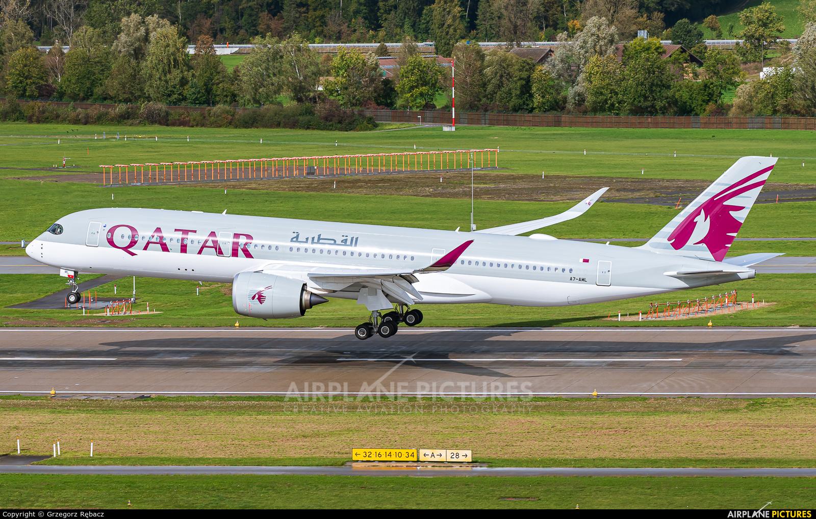 Qatar Airways A7-AML aircraft at Zurich