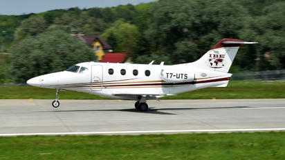 T7-UTS - Business Jet Travel Raytheon 390 Premier