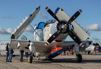 NX188RH - Private Douglas EA-1E Skyraider