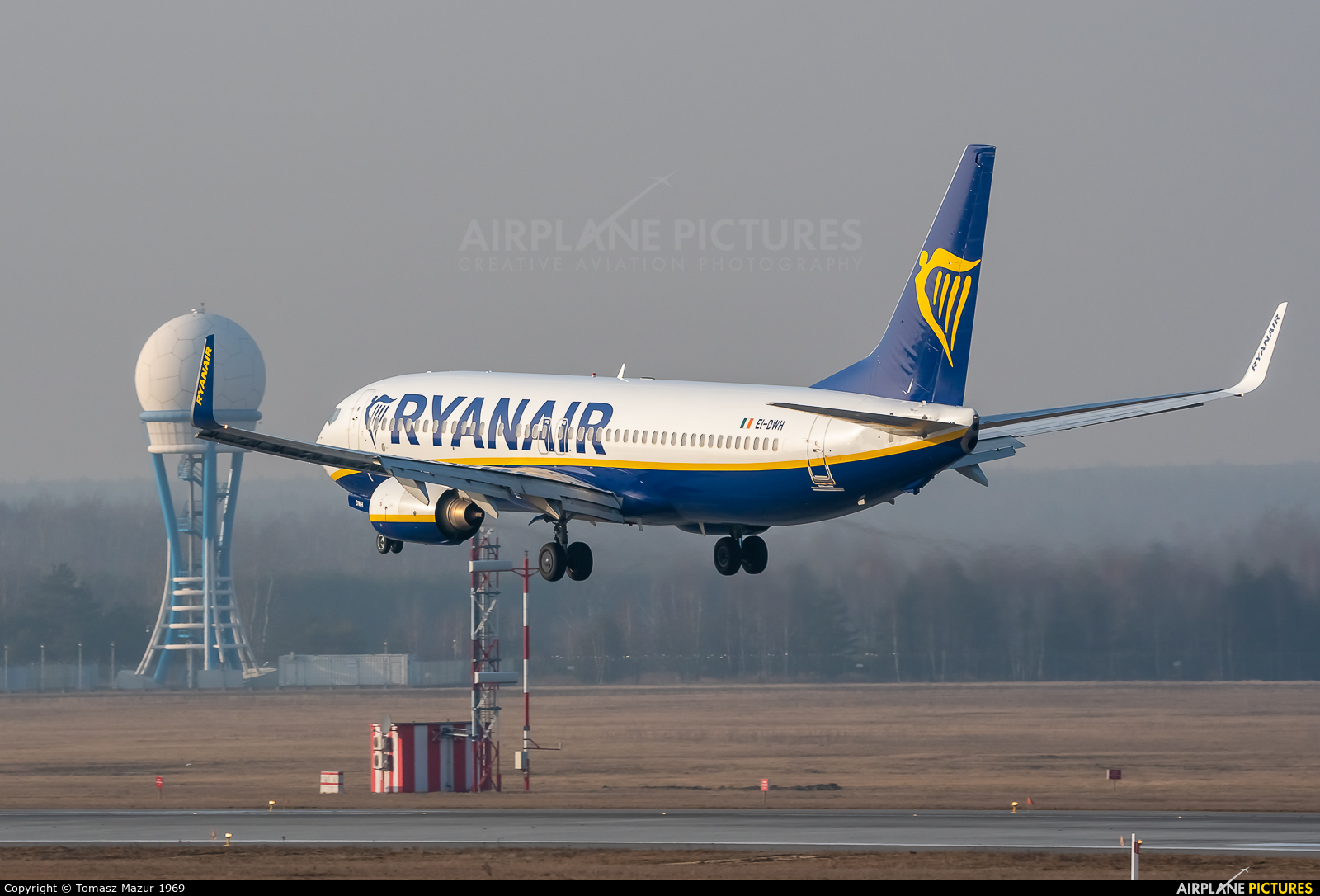 Ryanair EI-DWH aircraft at Katowice - Pyrzowice