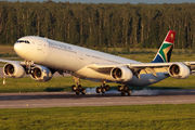 Rare visit of South African Airways A340 to Moscow title=