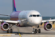HA-LXT - Wizz Air Airbus A321 aircraft