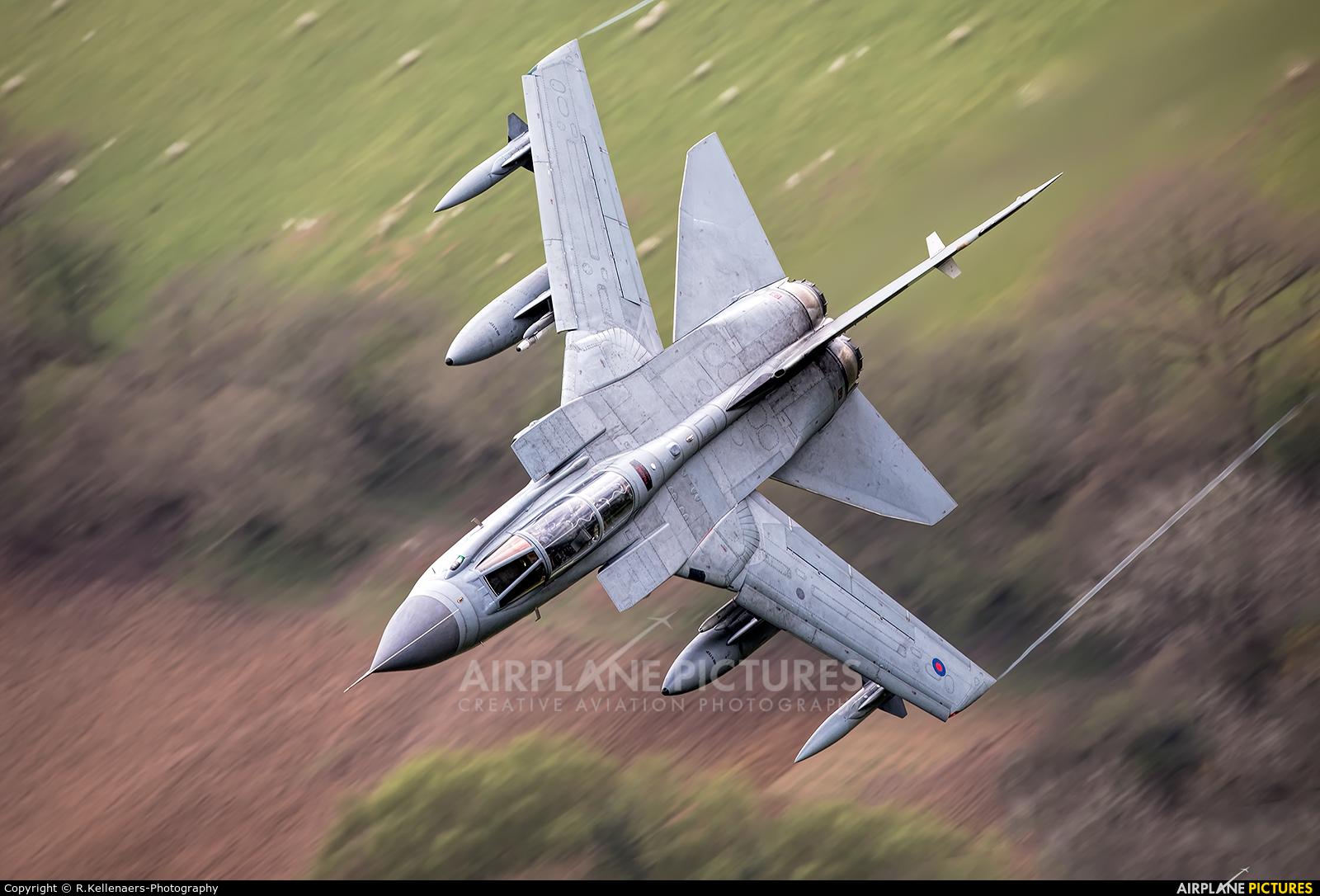 Royal Air Force ZA369 aircraft at Machynlleth Loop - LFA 7