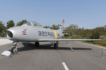 25-917 - Korea (South) - Air Force North American F-86F Sabre