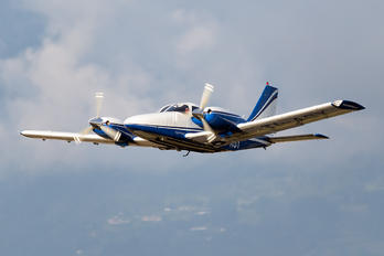 TI-ASY - Private Piper PA-34 Seneca