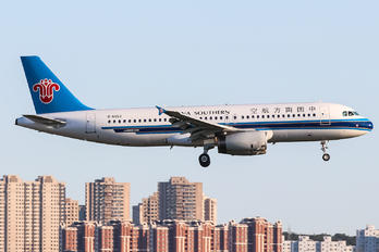 B-6652 - China Southern Airlines Airbus A320
