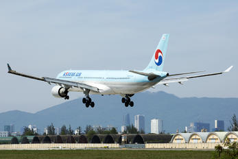HL7587 - Korean Air Airbus A330-300