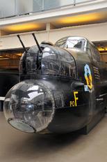 DV372 - Australia - Air Force Avro 683 Lancaster B. I