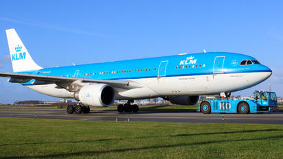 PH-AOC - KLM Airbus A330-200