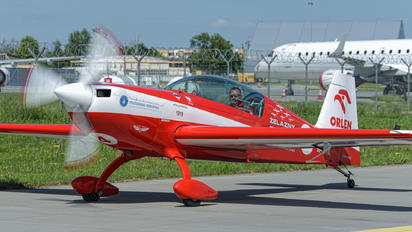 SP-UTA - Grupa Akrobacyjna Żelazny - Acrobatic Group Extra 330LT