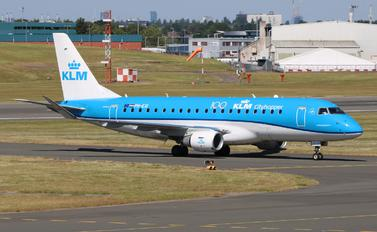 PH-EXI - KLM Cityhopper Embraer ERJ-175 (170-200)