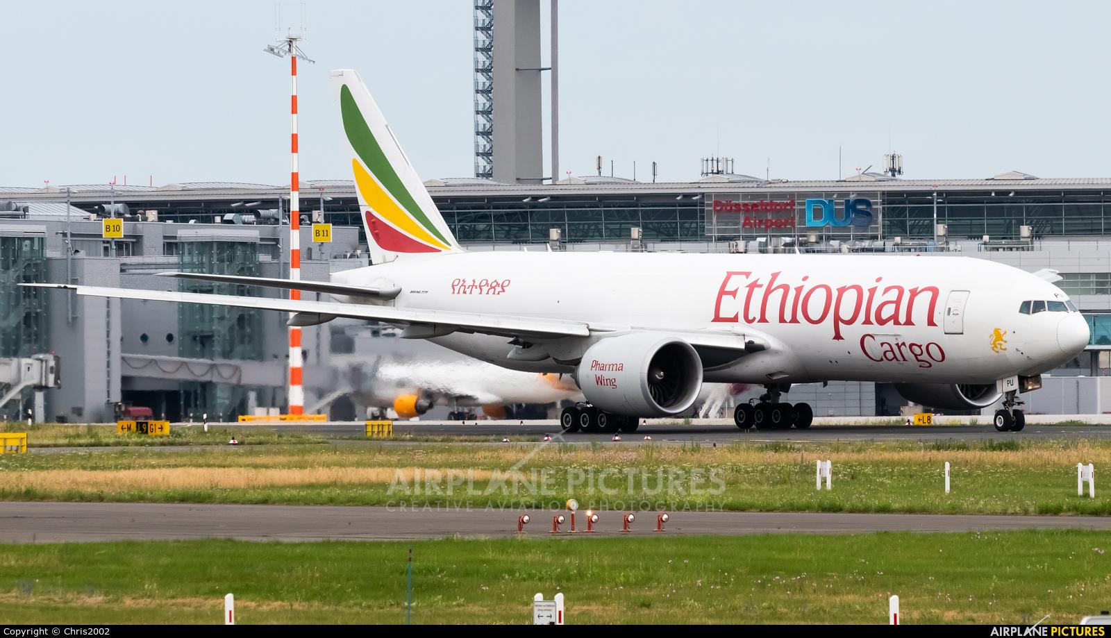 Ethiopian Cargo ET-APU aircraft at Düsseldorf