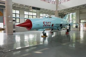 5202 - Vietnam - Air Force Mikoyan-Gurevich MiG-21bis