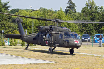 13-20616 - USA - Army Sikorsky UH-60M Black Hawk