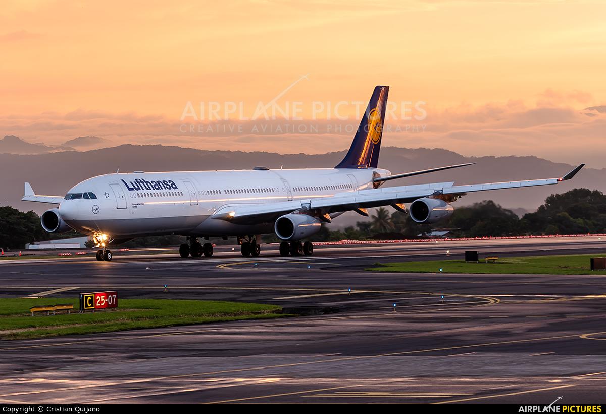 Lufthansa D-AIGM aircraft at San Jose - Juan Santamaría Intl