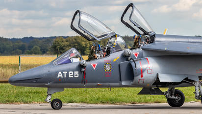 AT25 - Belgium - Air Force Dassault - Dornier Alpha Jet 1B