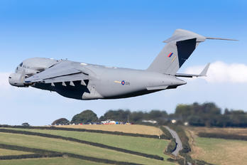ZZ175 - Royal Air Force Boeing C-17A Globemaster III