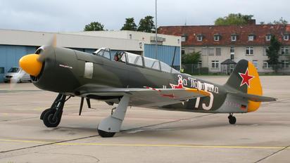 D-FYAK - Private Yakovlev Yak-11