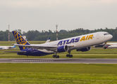 Atlas Air Boeing 767 visited Vilnius title=