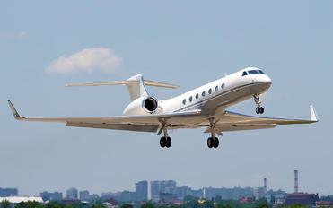 EI-EGO - VipJet Gulfstream Aerospace G-V, G-V-SP, G500, G550