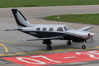 N49XL - Private Piper PA-46 Malibu / Mirage / Matrix
