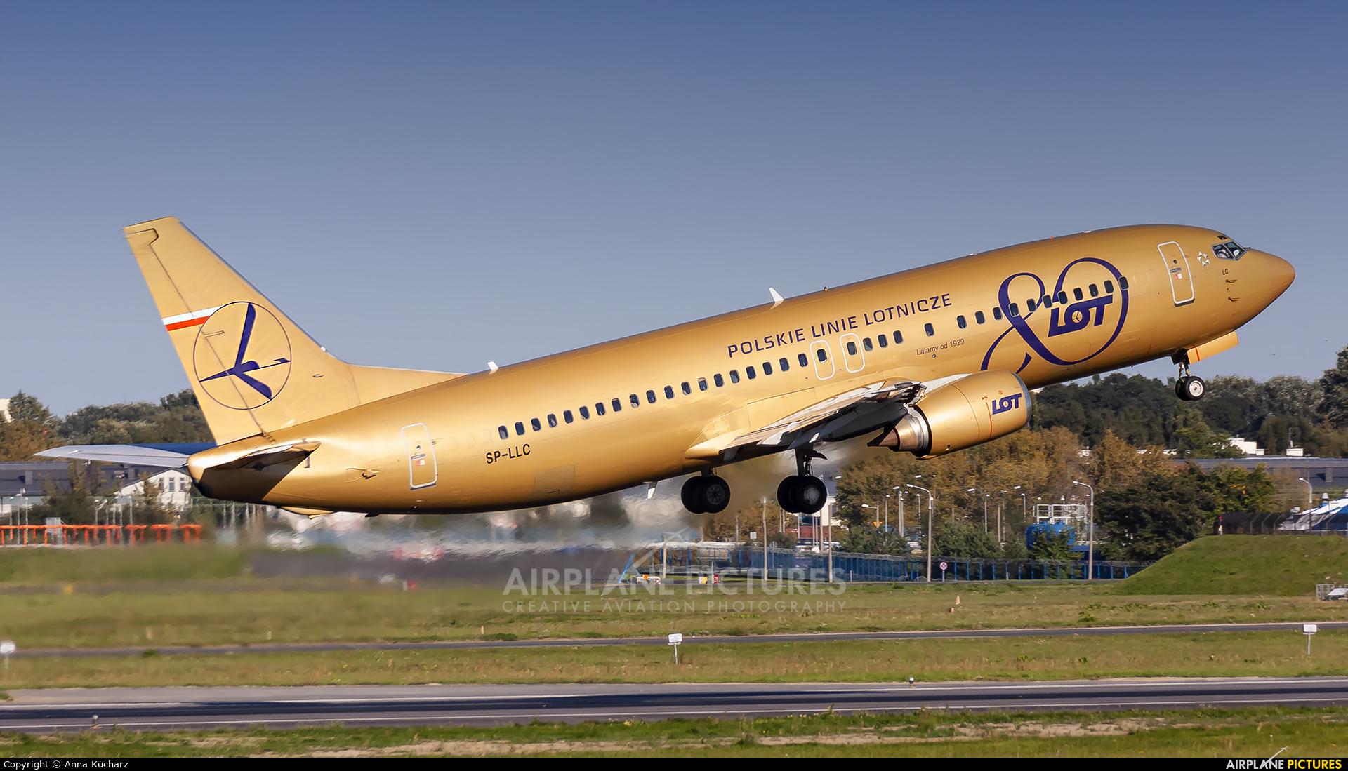 LOT - Polish Airlines SP-LLC aircraft at Warsaw - Frederic Chopin