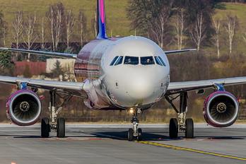 HA-LTB - Wizz Air Airbus A321