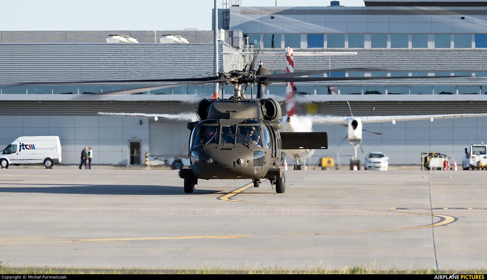USA - Army 12-20461 aircraft at Poznań - Ławica