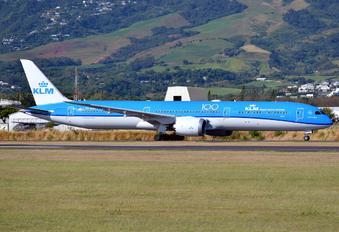 PH-BKG - KLM Boeing 787-10 Dreamliner
