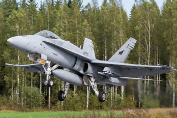 HN-431 - Finland - Air Force McDonnell Douglas F-18C Hornet