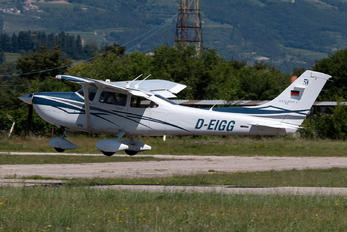 D-EIGG -  Cessna 182 Skylane (all models except RG)