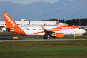 OE-IND - easyJet Europe Airbus A320