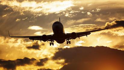 - - Travel Service Boeing 737-800
