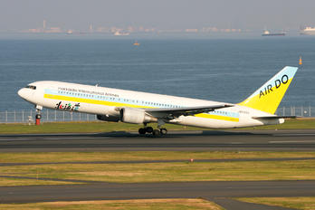 JA8258 - Air Do - Hokkaido International Airlines Boeing 767-300