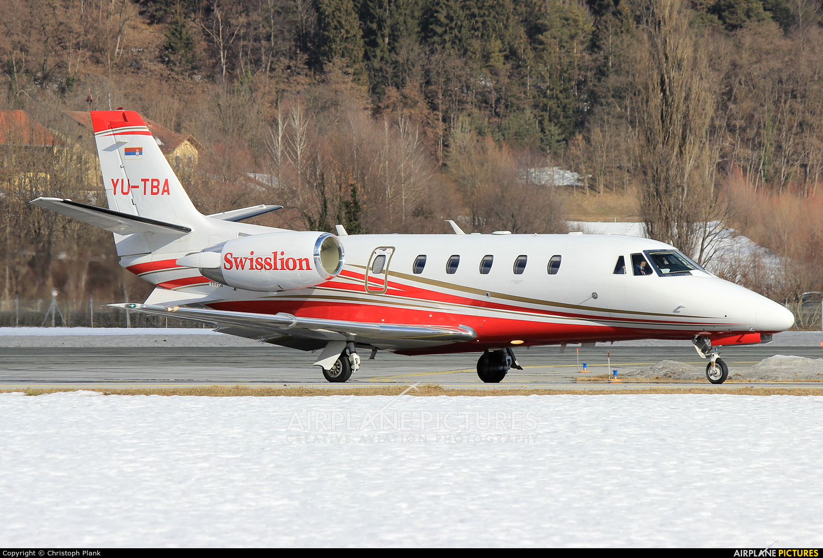 Private YU-TBA aircraft at Innsbruck