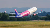 HA-LXN - Wizz Air Airbus A321 aircraft