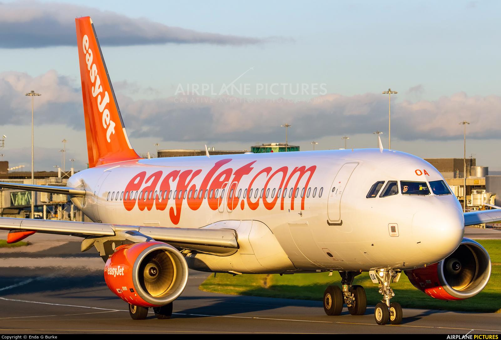 easyJet G-EZOA aircraft at Manchester
