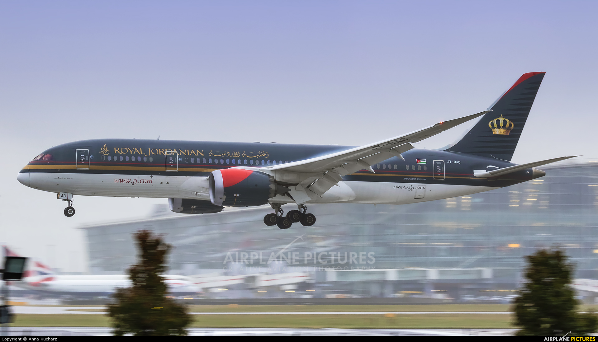 Royal Jordanian JY-BAC aircraft at London - Heathrow