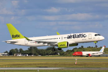 YL-CSM - Air Baltic Airbus A220-300