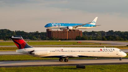 N902DE - Delta Air Lines McDonnell Douglas MD-88