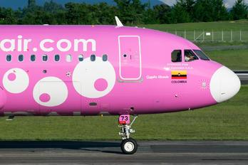 HK-5273 - Viva Air Airbus A320